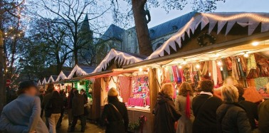 Make the most of Christmas shopping in Paris